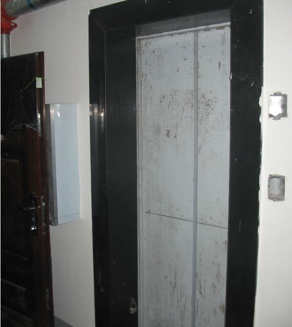安装呼梯板2